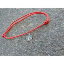 Piros szerencse karkötő - Nyilas horoszkópos fityegővel