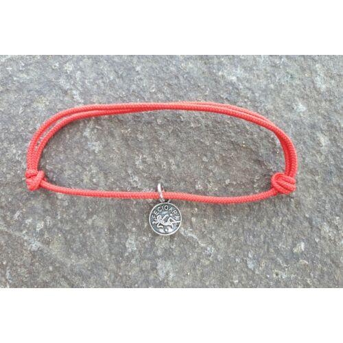 Piros szerencse karkötő - Szűz horoszkópos medállal -