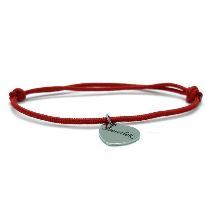 Piros szerencse karkötő - Szeretlek szives fityegővel