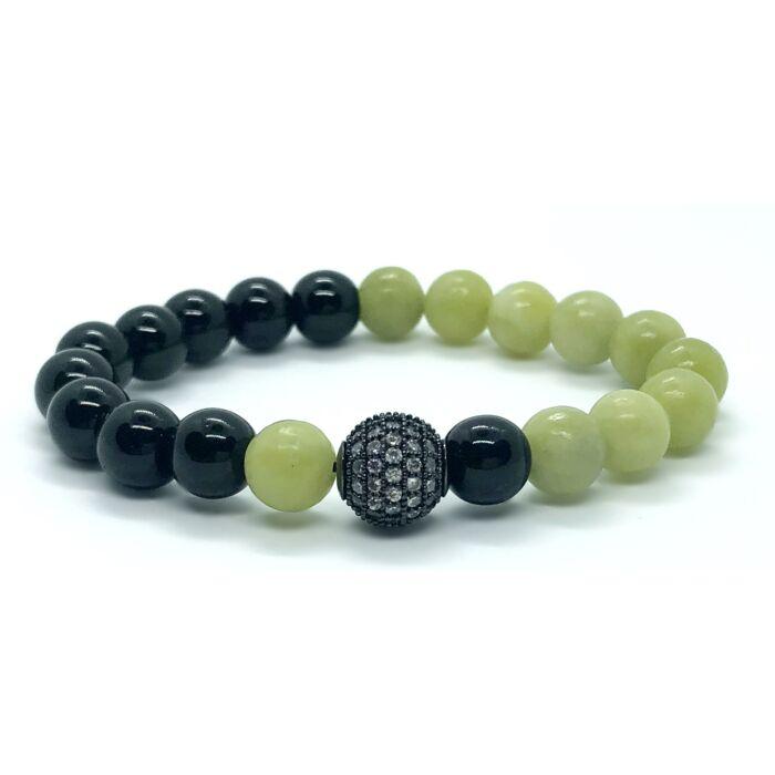 Fényes onix és olíva jáde ásványkarkötő,cirkónia köves fekete színű gyönggyel