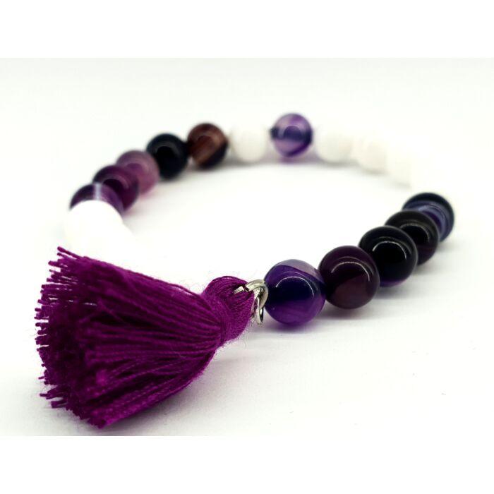Fehér jáde és lila achát ásványkarkötő, lila színű bojttal