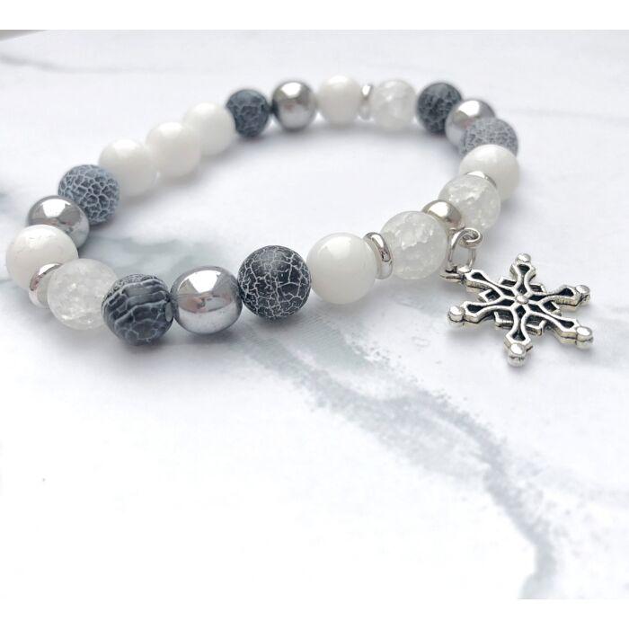Jáde ásványkarkötő, ezüst hematit, achát és hegyikristály gyöngyökkel, hópehely fityegővel